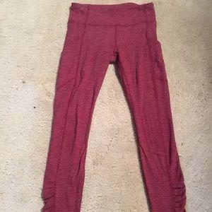 Lululemon gorgeous burgundy leggings!